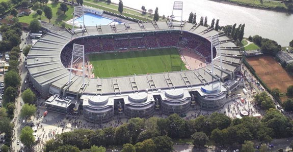 stadionluftbild300.jpg